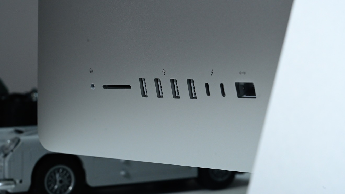Ports on the back of the 2020 27-inch iMac